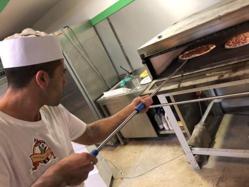 Infornamento pizza